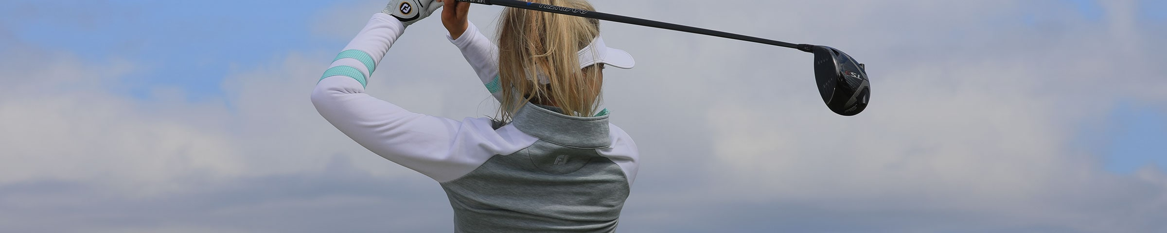 WOMEN'S GOLF MID-LAYERS